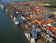 Felixstowe_container_Port_top.jpg