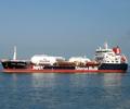 gasoline tanker 03.jpg