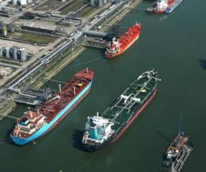 oil_terminal_oil_port_oil_tankers 290x242