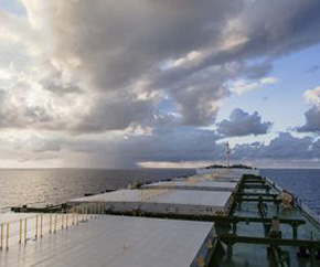 dry_bulk_deck_open_sea 290x242