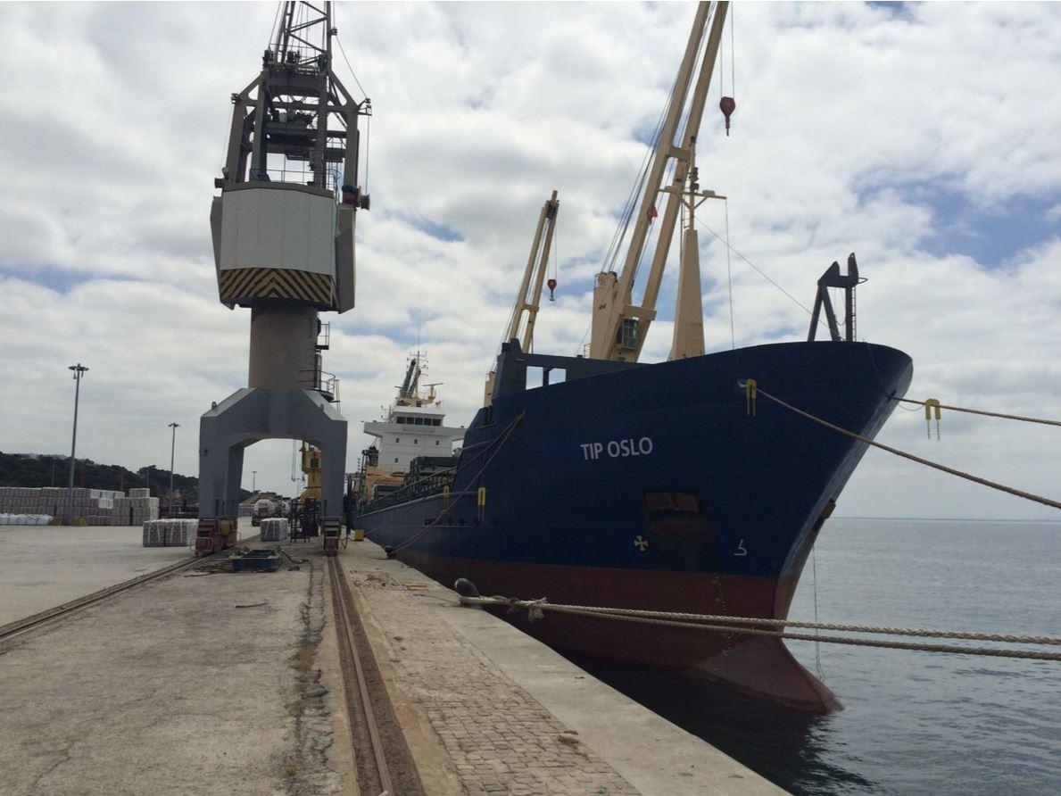 Carisbrooke Shipping TIP OSLO BIG