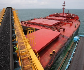 dry_bulk_carrier_coal_freight_loading 290x242