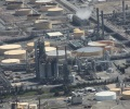 Oil_Natural_Gas_Gasoline_Refinery_aerial2