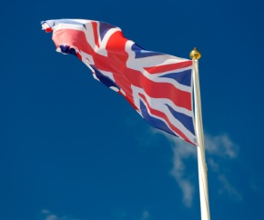 UK_United_Kingdom_British_flag__waving_sky_background 290x242
