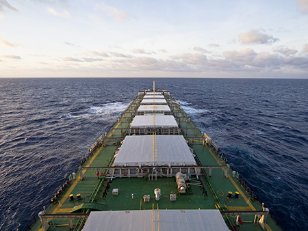 dry_Bulk_cargo_ship_closeup_cloudy_horizon HUGE