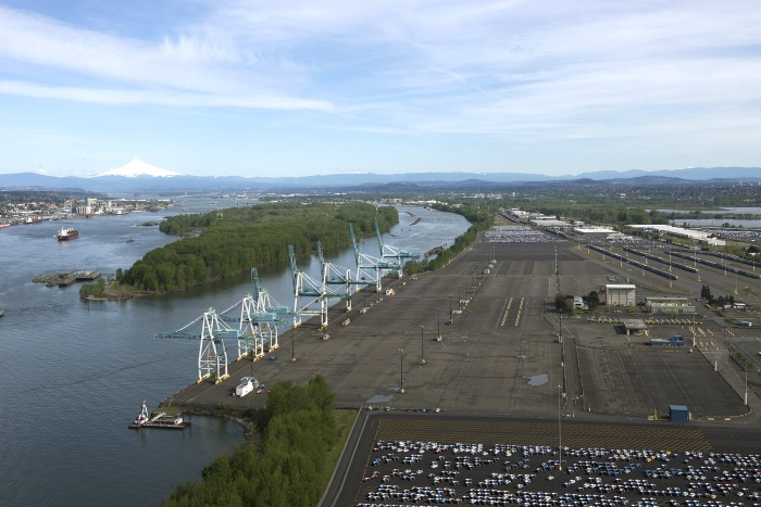 Container shipping returns to Portland next year, on a limited basis