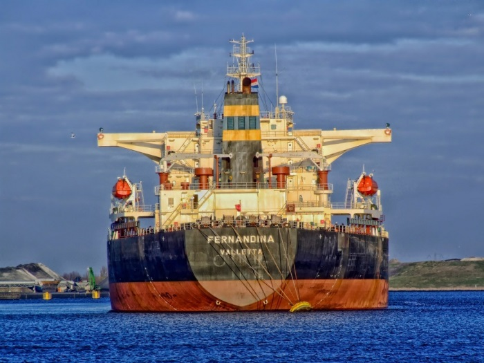 Newbuilding Focus Turns to Bulkers