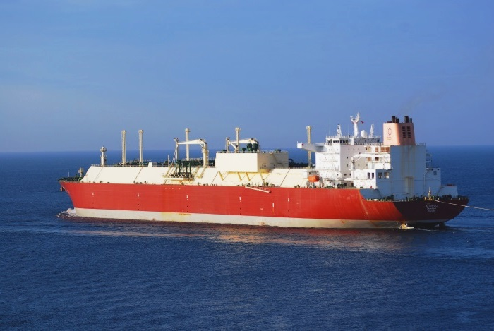 LNG Newbuildings and Second Hand Bulkers on Shipowners