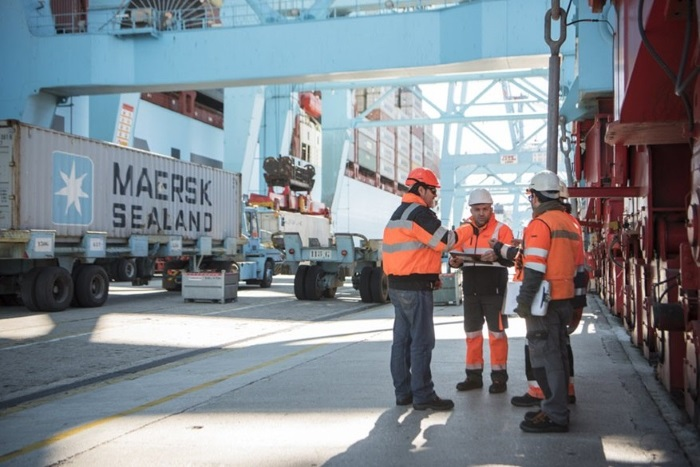 Maersk becomes the first container shipping company to offer