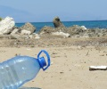 sea_plastic_bottle_environment_waste_gar
